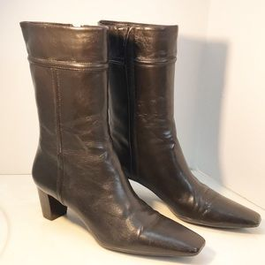 NWOT Cole Haan Pewter Heeled Boots Narrow 7AA